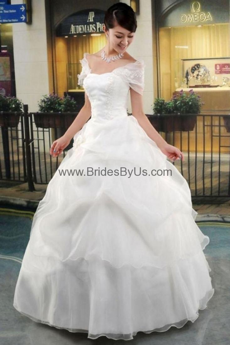 New Fashion Lady Lace Three Quarter Sleeve Wedding Gown - BridesByUs